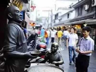 荆门夜市小吃街在哪里 吃过三条以上才称得上吃货