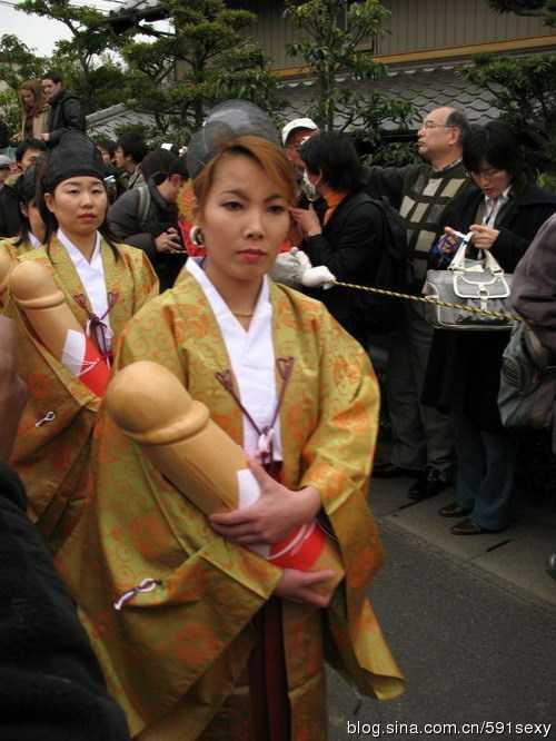 外国人的大jb图片 外国人眼里日本变态而疯狂的阴茎节