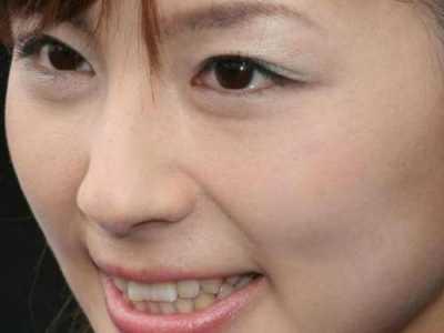 ps怎么把图层拉长 给美女照片加长眼睫毛的PS技巧