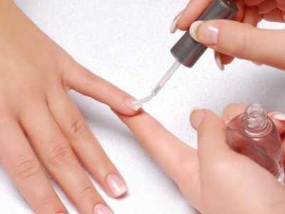 抹完指甲油,怎么去味道 手上的指甲油怎么去掉