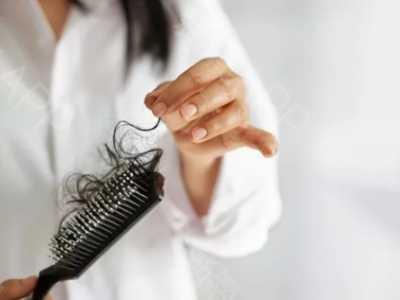 正常掉发量图片 正常情况下为什么会掉头发
