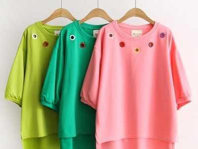服装与色彩 上下衣服颜色搭配的基本原则和技巧