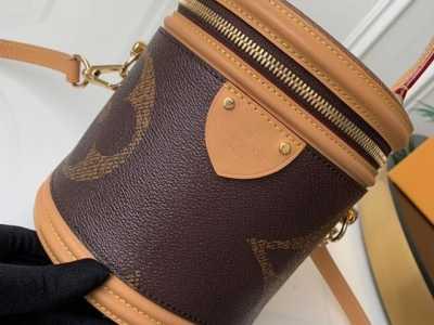 LV包包为什么卖那么贵 为什么LV的包包那么丑还那么贵