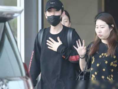 空姐收拾衣服方法 朱一龙机场照遭疯传