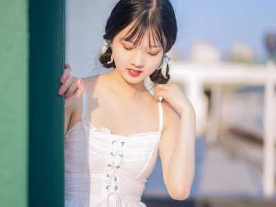 芜湖女同性恋结婚 白色公主裙的小萝莉