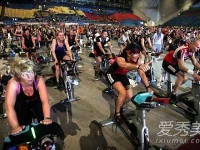 家用动感单车减肥效果 跑步机和动感单车哪个减肥效果好
