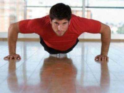 俯卧撑呼吸 俯卧撑的正确呼吸方法